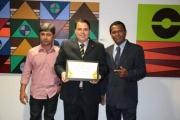 julio-cesar-recebe-titulo-cidadao-brasiliense-prb-df-036-02-06-14