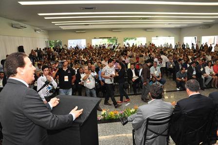 02_08_13_destaque03_encontro_de_prefeitos_minas_gerais02