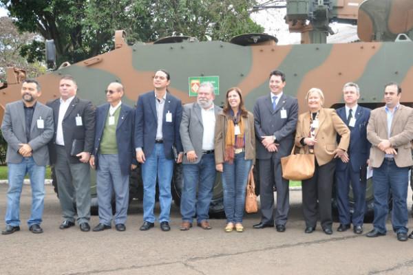 Cleber Verde e Otoniel Lima visitam Comando Militar do Sul