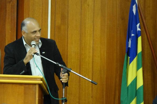 Rogério Cruz ministra palestra para jovens líderes