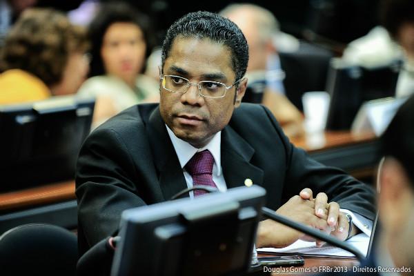 Márcio Marinho comenta financiamento à carcinicultura