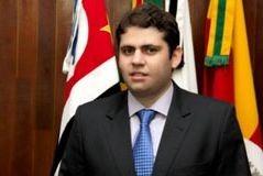 Ricardo Ornellas cobra explicações sobre fechamento do PROCON de Pradópolis (SP)
