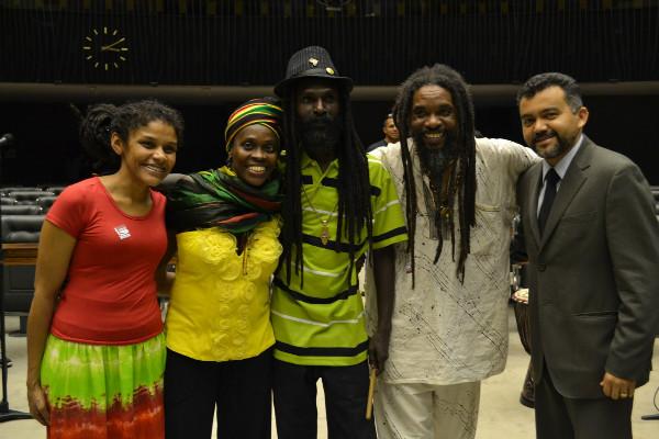 Cleber Verde ressalta a importância do reggae no Brasil