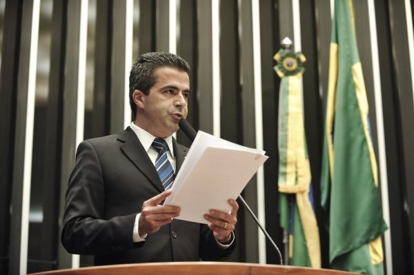 19_06_13_destaque05_sp_bulhoes_reclama_modelo_judicial_brasileiro