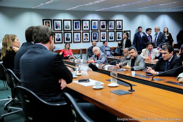 Cleber Verde participa de instalação da comissão especial do Código de Mineração