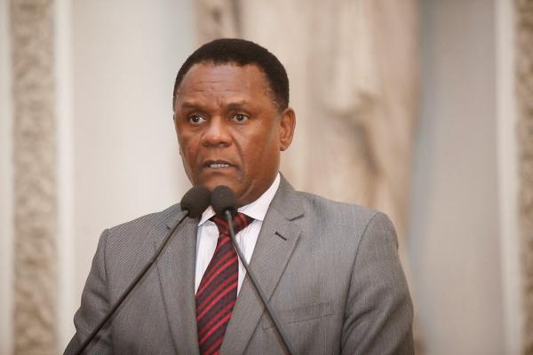 Deputado Ossesio Silva destaca reunião contra discriminação racial