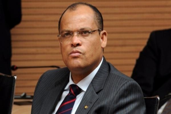 Alfredo Santana é eleito presidente da Comissão de Redação