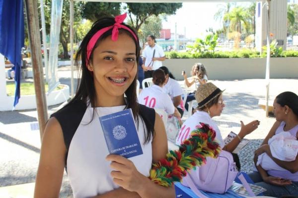 22_05_13_destaque02_df_mulher_tenda_da_mulher_10_e_sucesso_no_df
