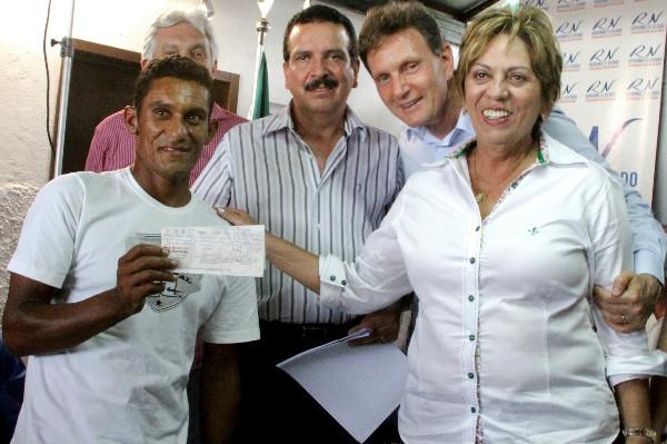 Pescadores recebem contratos de crédito no RN