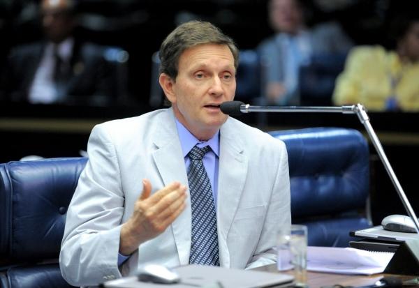 Crivella: Senado aprova aumento de vigilância contra maus-tratos de menores