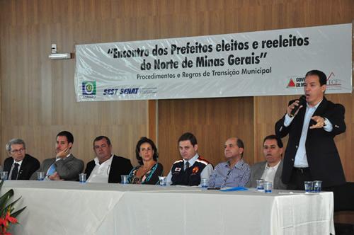28_08_13_destaque04_encontro_prefeitos_prefeitas_minas_gerais