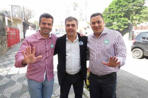 Pompéia recebe comitê para campanha de Atílio Francisco