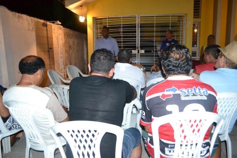 Candidatos-republicanos-do-PRB-PE-visitam-moradores-do-Paulista-002