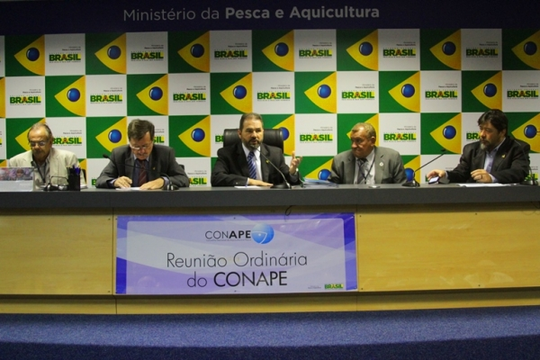 Ministro defende novas tecnologias e processos para o setor pesqueiro