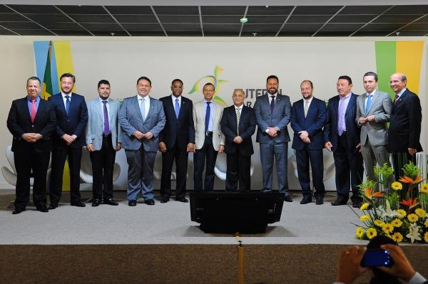Programa tem a finalidade de fomentar o futebol em suas diversas categorias por todo o país, destinar recursos para estruturação e organização de campeonatos de futebol de campo não-profissionais, com a presença de times masculinos e femininos.