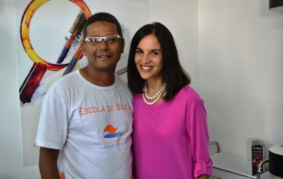 Republicano leva 'Escola da Beleza' para Brasilândia