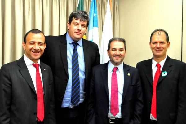 O prefeito tratou com a disponibilização de emendas do deputado Carlos Gomes e também apresentou os projetos que pretende desenvolver no município a partir de 2017