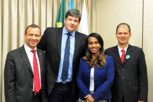 abel-grave-prb-prefeito-ibiruba-encontro-carlos-gomes-foto2-ascom-24-11-2016