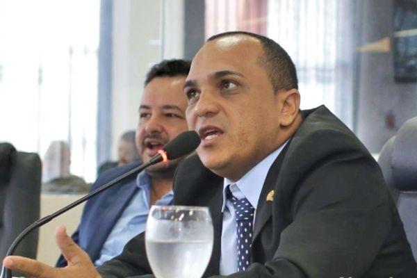 Alan do Povão apoia parcelamento de multas de trânsito em Boa Vistas