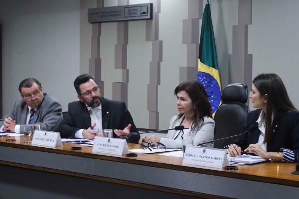Alan Rick participa de debate sobre taxação às empresas da Zona Franca de Manaus