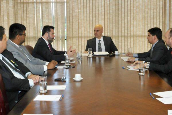 Alan Rick se reúne com Ministro da Justiça e garante investimentos para segurança do AC