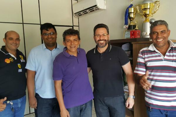 Alan Rick visita secretários municipais de agricultura e esporte de Rio Branco (AC)