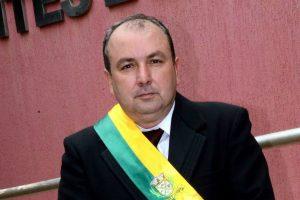 alcino-barcelos-prb-prefeito-pontes-lacerda-entrevista-foto3-ascom-26-05-2017