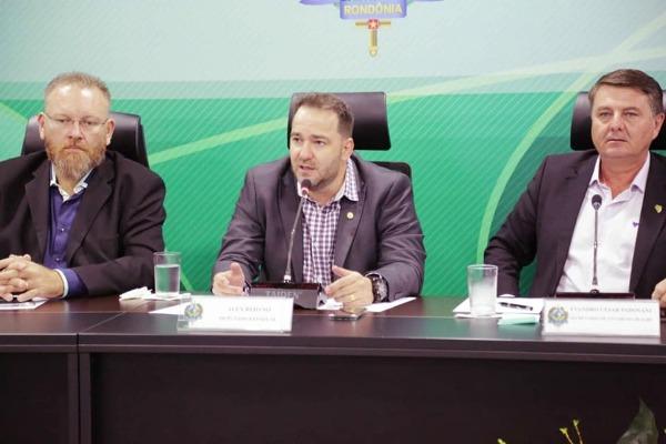 Alex Redano debate extração de Pinho-cuiabano em Rondônia