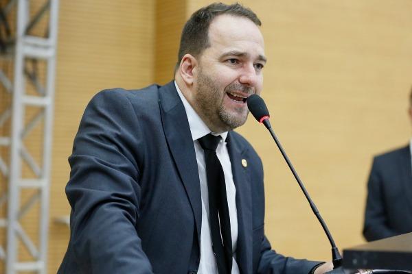 Alex Redano condena aumento abusivo da energia elétrica em Rondônia
