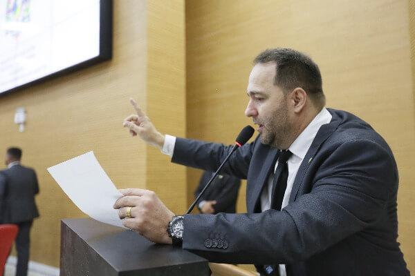 CPI ouve população de municípios roraimense sobre descaso da Energisa