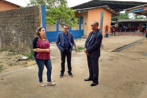 Alex Silva anuncia emenda para climatizar escola em Porto Velho
