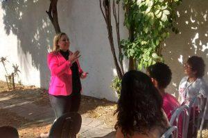 Vereadora Alexandra Codeço participa as ações do Outubro Rosa em Cabo Frio (RJ)