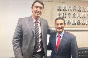 Alexandre Dauge busca recursos em Brasília pra Santa Casa de Ourinhos