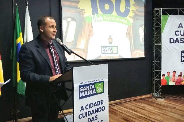 Alexandre Vargas participa da inauguração do Centro de Artes e Esportes de Santa Maria