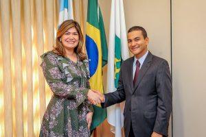 Em Brasília, Aline Gurgel confirma pré-candidatura à Câmara dos Deputados
