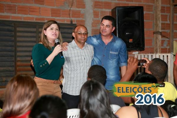 Macapá (AP): Aline apresenta plano de governo para moradores do bairro Zerão