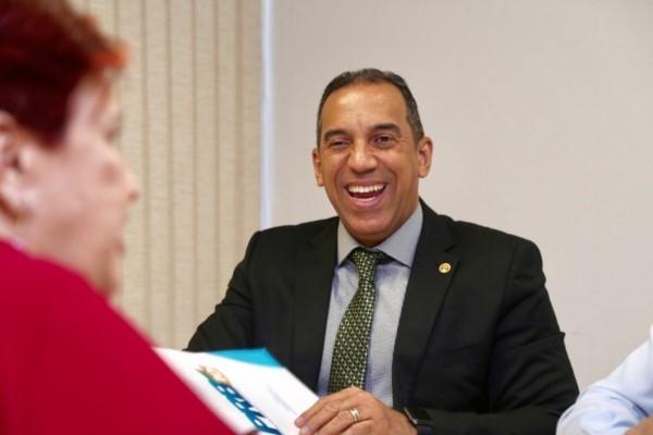 Altair Moraes defende ações efetivas para a transformação social