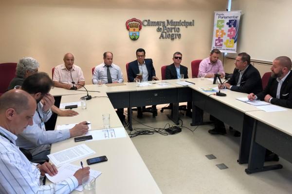 Alvoni Medina debate falta de acessibilidade em Porto Alegre