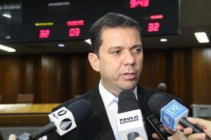 Alysson Lima cobra providências do prefeito de Goiânia para obras paradas na capital
