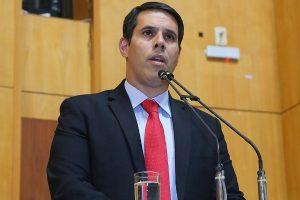 Amaro Neto propõe treinamento de primeiros socorros para pais de recém-nascidos no ES