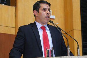 Projeto de Amaro Neto obriga a presença de dentistas em hospitais do ES