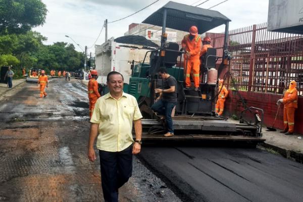 """Amauri Colares acompanha início do programa de obras """"Requalifica"""" em Manaus"""
