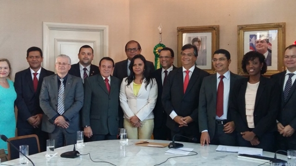 Ana do Gás prestigia solenidade de lançamento do programa PreUni em São Luís