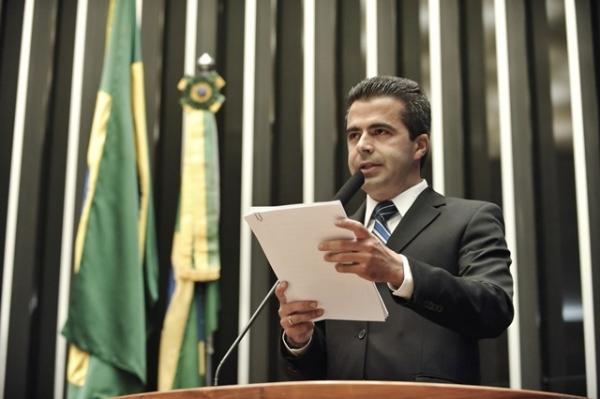 antonio-bulhoes-pede-investimentos-nas-policias-militar-e-civil-de-todo-o-brasil-29-05-2012