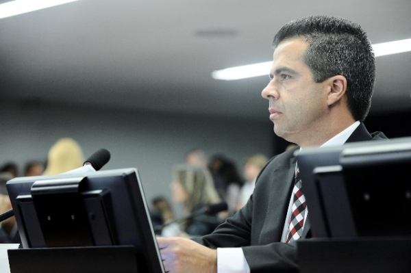 antonio-bulhoes-prb-critica-uniao-pelo-estrangulamento-orcamentarios-das-prefeituras-31-05-12