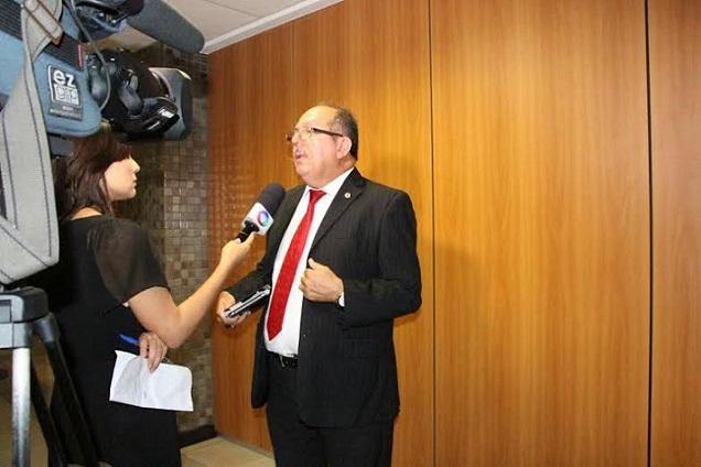 aplicativo-avc-brasil-e-lancado-por-jose-de-arimateia-prb-durante-audiencia-na-bahia-foto-ascom-01-11-15-01
