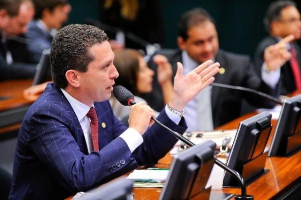 Aprovado PL de Fausto Pinato que prevê incentivos ao reuso de água utilizada por indústrias