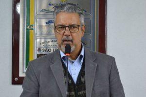 Armando Motta homenageia professor de Judô com o Título de Cidadão Leopoldense