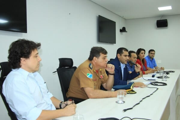 Betinho acolhe demandas de comerciantes de Campo Grande