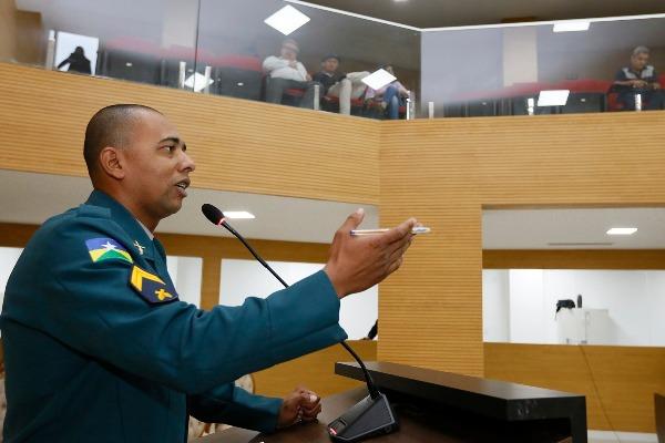 Cabo Jhony Paixão pede posto policial no conjunto residencial Orgulho do Madeira
